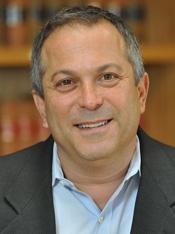 Photo of Robert Greenwald