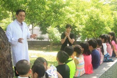Pei-Chang Wu, MD, PhD, has actively contributed to the implementation of national programs to foster outdoor activities in schools.