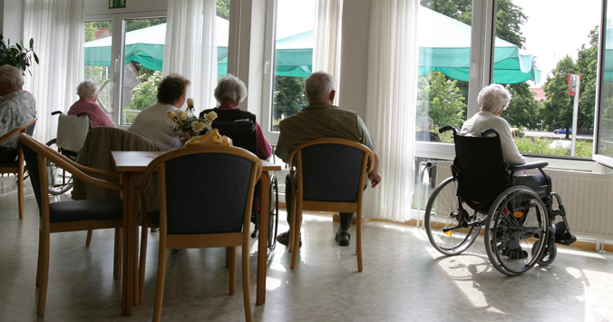 Photo of a nursing home common area