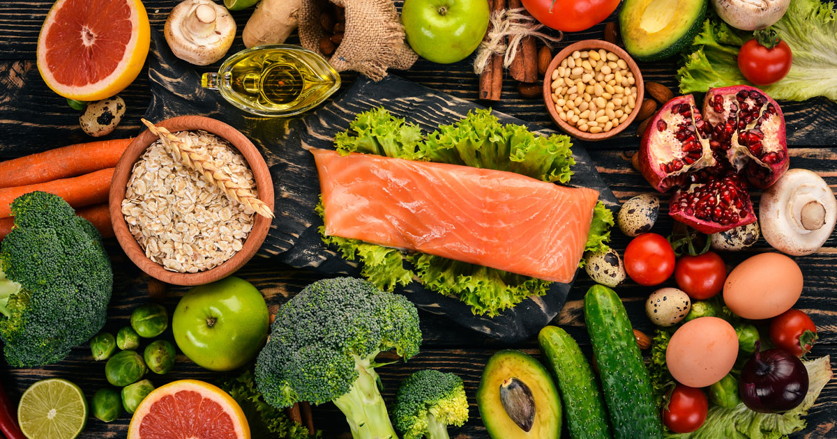 Salmon, vegetables and fruit